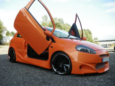 fiat grande punto carzone orange mw motorsport. Black Bedroom Furniture Sets. Home Design Ideas